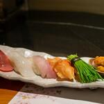 鮮魚・お食事処 山正 - 2020.3 寿司(本鮪中トロ、ヤリイカ、ノドグロ、赤貝、芽ネギ、北海道バフンウニ)