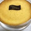 フェアリーテール - 料理写真:ベイクドテールのホールケーキ