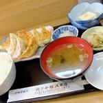 """餃子会館 - """"1.5定食"""""""