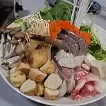 赤のれん - 寄せ鍋(味噌味)