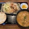 武屋食堂 - 料理写真:唐揚げと豚汁定食 820円税込