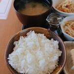 カフェ ココロ - ご飯&味噌汁