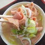 円城 - やわらか~いもつと お酒の香りがプンプンする煮込み汁 最高ですね!