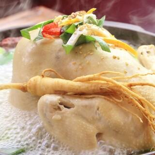 オモニの味♪本場の韓国料理に一工夫がたまらない♪♪