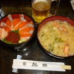 すし処 魚がし - 親子丼とジャンボ味噌汁(ランチ)