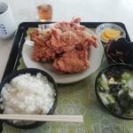 大福食堂 - 唐揚げ定食(700円)