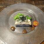 トラットリア・モキチ - 前菜:コッパロマーナ黒大蒜ソース