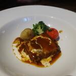 トラットリア・モキチ - 豚バラ肉の湘南ビール煮