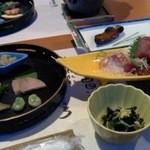 あじろ磯舟ホテル - 料理写真:刺身から焼き物、お魚づくし