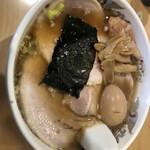 とんちん軒 - 料理写真:玉子チャーシュー麺