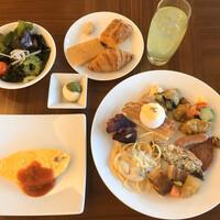 アラマハイナ コンドホテル-朝食