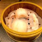 168バル - 水晶海老餃子