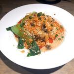 168バル - 汁なし坦々麺