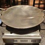 12789575 - 味鉄しゃぶしゃぶ 980円 の独自緩やかカーブ鉄板