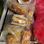 リヨンSUDA - 料理写真:購入したパン