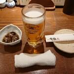 北前居酒屋 佐勘  - ドリンク写真:生ビールとお通し