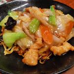 餃子の王将 - 【期間限定】鶏のうま煮あんかけ焼きそば