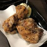 炭火串焼 鶏次 - 唐揚げ
