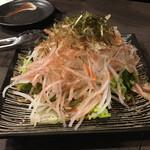 炭火串焼 鶏次 - サラダ