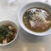 Menyaoramu - 料理写真:ラーメン 醤油・チャーシューごはん