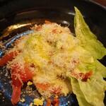 KASA - チーズたっぷりサラダ
