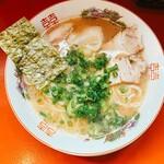 博多麺屋 クワハラーメン - 料理写真: