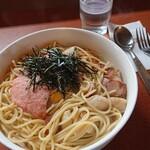 パスタ - 料理写真:タラコソース シーフードベーコン 1,370円、トッピング生卵30円(税込)