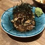 佐賀ふもと赤鶏 酒場 髙しな - 胡麻ささみ(タタキorユッケ的感じ)