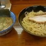 麺屋 雄 - 料理写真:つけ麺特盛(830円)