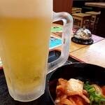 うどん市場 - 生ビール+キムチ 450円+150円(-50円OFFあり)