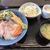 海鮮 一八 - 料理写真:海鮮丼=980円 税込