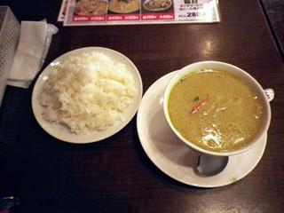 バーン・イサーン 高円寺店 - グリーンカレー