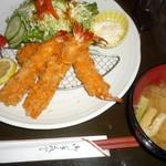 12798978 - 海老フライ定食(¥930)