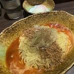 中華そば くにまつ - 汁なし担担麺×3  大盛り、温泉玉子