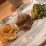 鮨一輝 - 前菜(イカのマリネ、鮪、菜の花のお浸し)