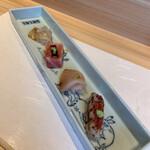 Kappouyuzuha - お造り:平目、金目の炙り、鰆?、本マグロ 平目が好み。本マグロは口の中でとろけます。