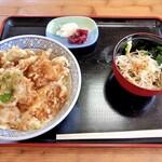 泉八 - 料理写真:鳥天丼(そば小鉢)
