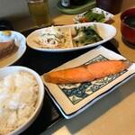 居酒屋 おてもやん - 焼き魚定食