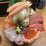 深川つり舟 - 特上海鮮丼2,625円