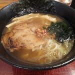 麺処 あみや - 料理写真:あみやラーメン