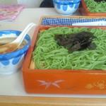 芦野東家 - グリーン麺とかしわぬき