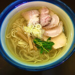 らーめん奏 - しおチャーシュー麺 ¥930
