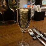 Bistro 酒場REPOS -