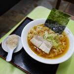 麺屋酒田inみなと - 料理写真:ラーメン(普通)¥500税込み