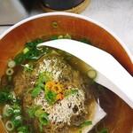 赤ひげ - とろろ昆布入りの湯豆腐