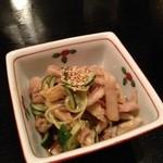 笑かど - 料理写真:鶏皮ポン酢