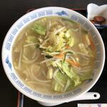 山海楼 - 料理写真:タンメン 700円