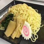 食彩工房 - 料理写真:麺多い~