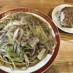 東園 - 博多皿うどん680円 おにぎり1コ+70円