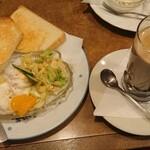 128056035 - モーニングA(ポテトサラダ、カフェオレ)